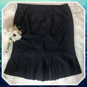 LaFayette 148 NY Navy Back Pleat Linen Skirt